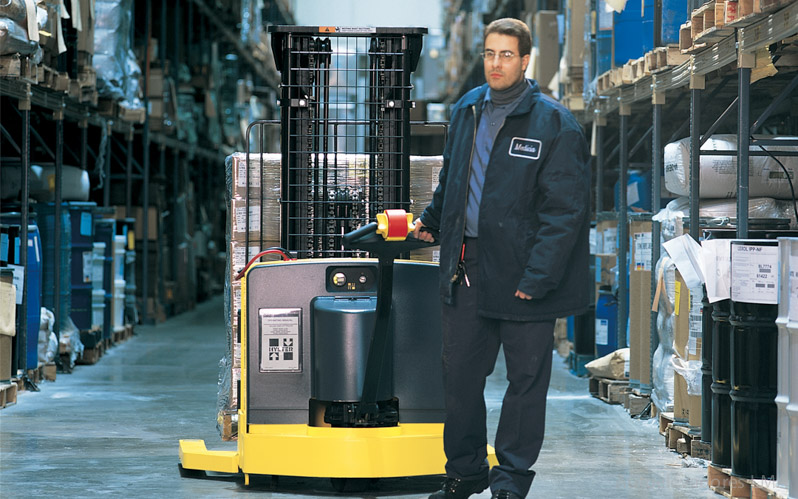 Apilador eléctrico para hombre caminando hyster W25-40ZA full