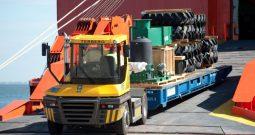 Tractor Portuario 4×4 Serie RT 323